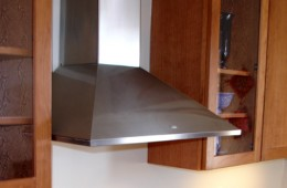 Synthesis Wall Range Hood